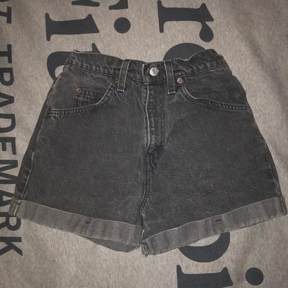 Levi's 954 shorts